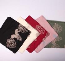 روسری نخی خامه دوزی 12121 کد 1
