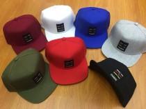 کلاه مارک دار لبه دار 400569