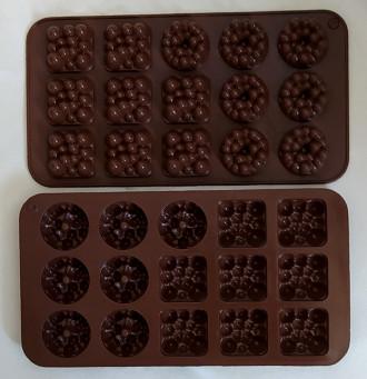 قالب شکلات سیلیکونی طرح حبابی کد 220387